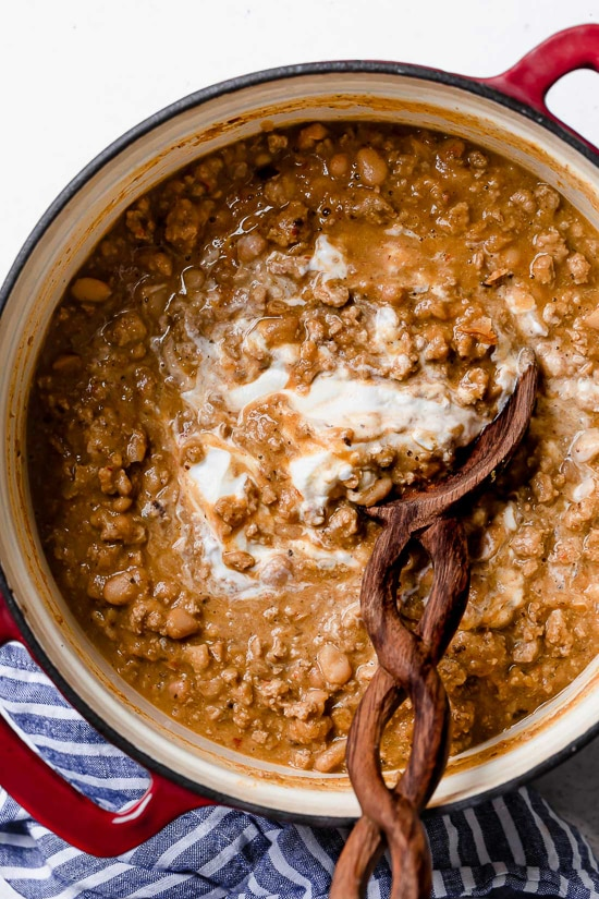 A delicious, creamy White Bean Turkey Chili recipe made with canned white beans, ground turkey, aromatics and spices – no tomatoes!