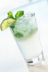 Classic Cuban mojito made skinny! I have figured out an easy low point weight watcher mojito recipe that tastes great.