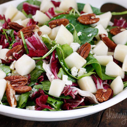 Autumn-Salad-with-Pears-and-Gorgonzola