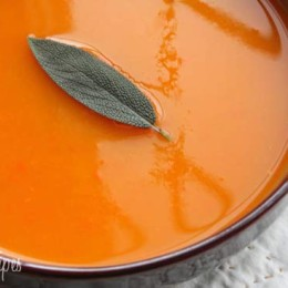 This butternut squash soup is low in points, filling and has a perfect hint of sage. A perfect autumn meal. Enjoy!