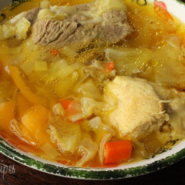 Cabbage-Soup-with-Chicken-and-Pork
