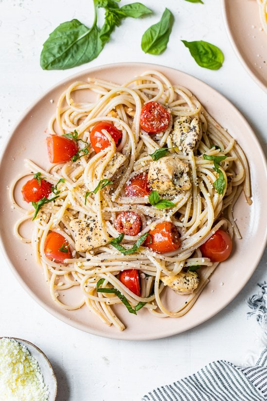 Spaghetti With Sauteed Chicken And Grape Tomatoes Skinnytaste