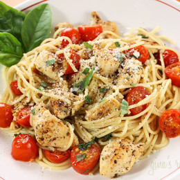 spaghetti-with-chicken-and-grape-tomatoes