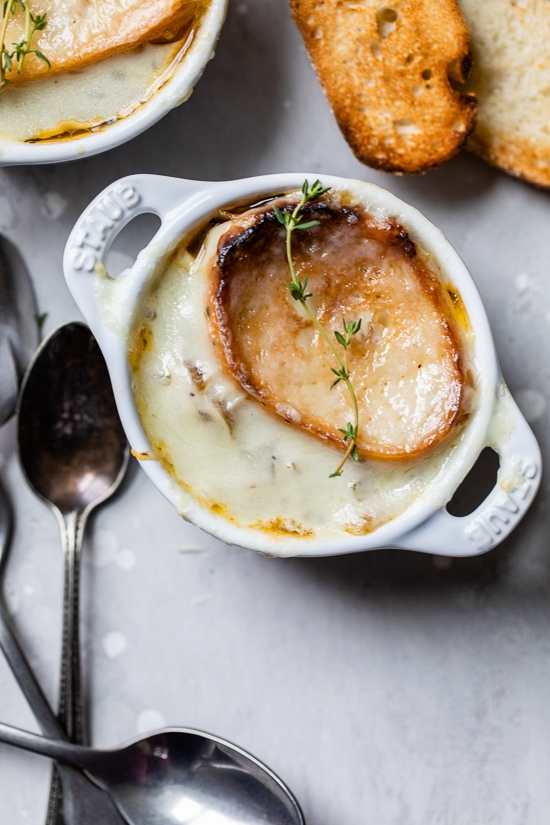 French onion soup is one of my favorite soups, we order it all the time at our neighborhood restaurant but it's just as easy to make from scratch and so much lighter.