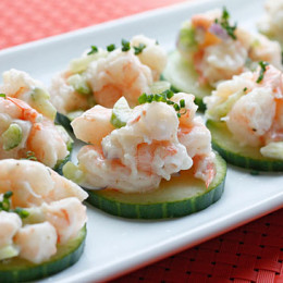 shrimp-salad-on-cucumbers