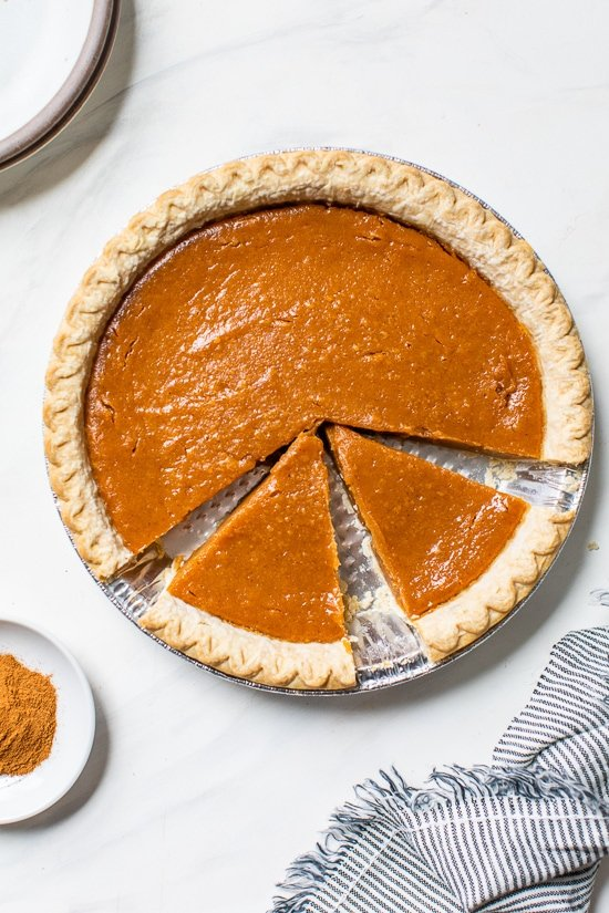 A healthy and delicious version of the classic sweet potato pie – a perfect, easy sweet potato dessert recipe for Thanksgiving!
