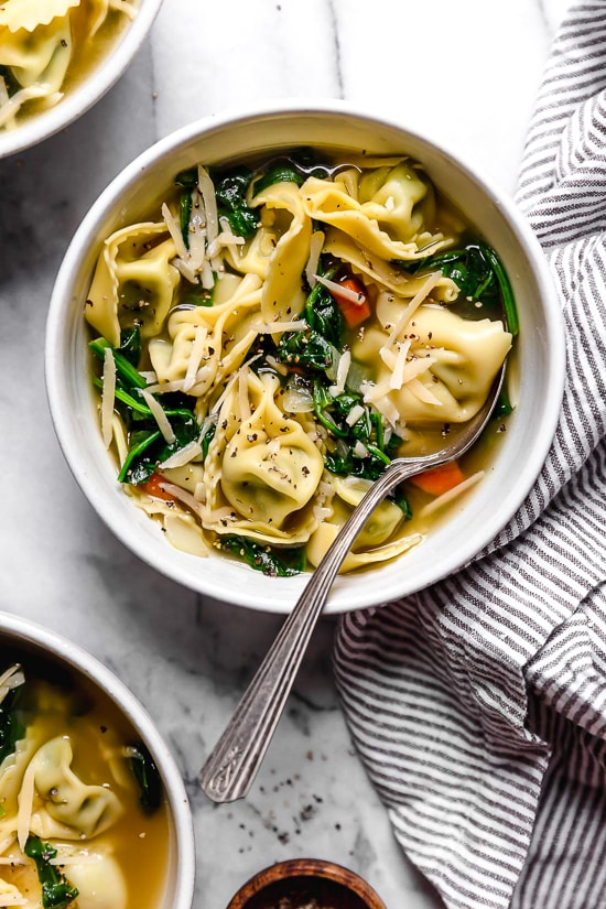 Spinach Tortellini En Brodo Italian Spinach Tortellini Soup Skinnytaste