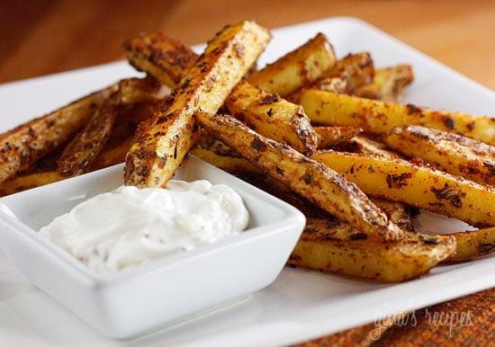 Skinny Baked Seasoned Fries with Garlic Aioli