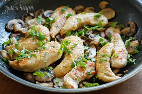 Chicken and Mushrooms in a Garlic White Wine Sauce