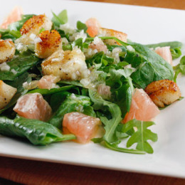 scallops-grapefruit-arugula-salad