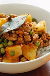Ground-Turkey-with-Potatoes-and-Spring-Peas