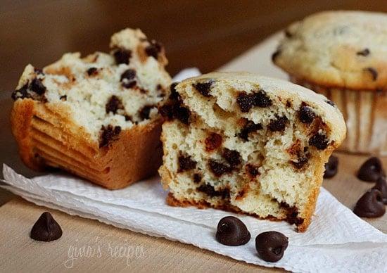 skinny-chocolate-chip-ricotta-muffins-550x388.jpg