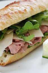 Crusty bread, peppery arugula and fresh shaved Parmesan cheese makes an everyday cold cut like roast beef taste like a gourmet sandwich. Perfect for lunch on the go, pack along some veggies and fruit on the side and you have yourself a meal.