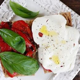 Tomato2C-Fresh-Mozzarella2C-Roasted-Pepper-on-Whole-Wheat-Italian-Bread
