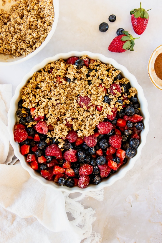 berries with crisp topping