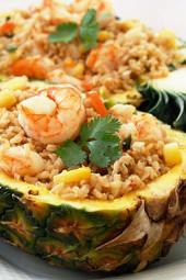 pineapple-shrimp-fried-rice