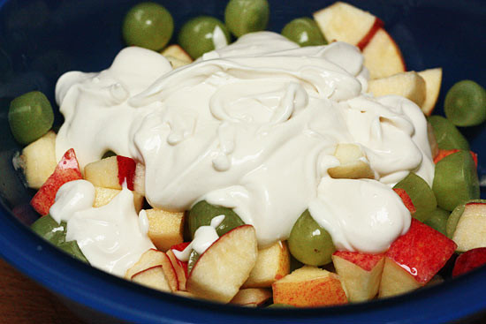 Low-Fat-Apple-and-grape-dessert