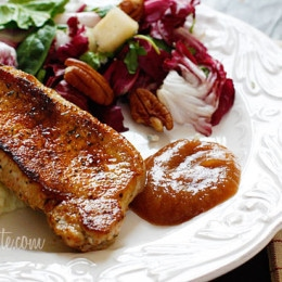 Pork-Chops-with-Apple-Sauce