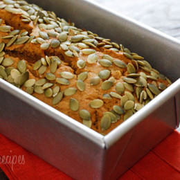 low-fat-pumpkin-bread-with-pepitas