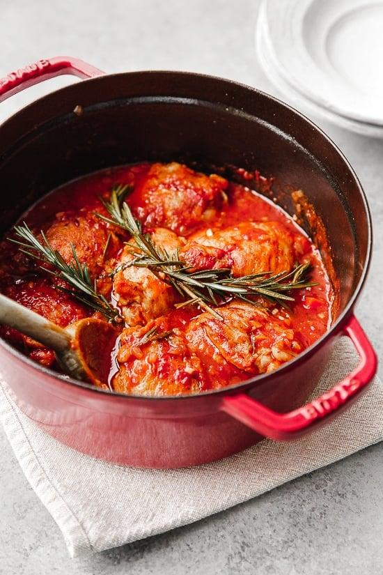 Pollo in Potacchio (Italian Braised Chicken) | Skinnytaste