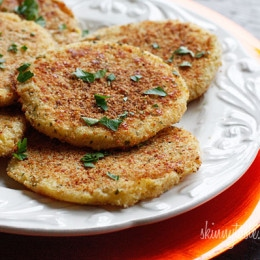 These parmesan mashed potato patties are so good, you'll want to make sure you have leftovers next time you make mashed potatoes!!