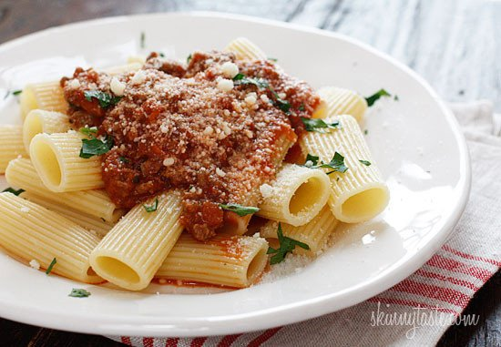Slow Cooker Bolognese Sauce is a staple in my home! A slow cooked ragú made with lean ground beef, pancetta, onions, carrots, celery, tomatoes, wine, and cream is one of my favorite Italian sauces.