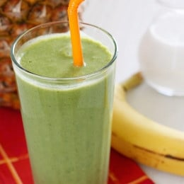 Skinny-Green-Tropical-Smoothie