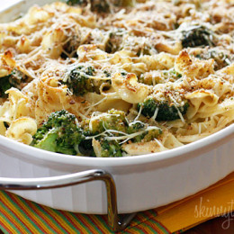 chicken-and-broccoli-noodle-casserole