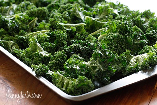 Delicious and easy to make baked kale chips with parmesan makes this a great low-fat, low-calorie, low-carb, gluten-free, vegetarian, and antioxidant rich snack.
