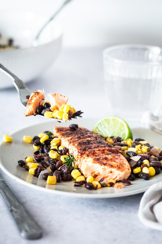 Grilled salmon with corn and black beans