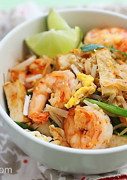 This super easy and delicious shrimp pad thai is made with rice noodles, bean sprouts, chives, tofu, fried egg and topped with a lime wedge – YUM!