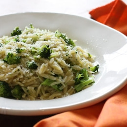 Broccoli and Orzo is an easy, kid-friendly side dish which combines orzo – a rice shaped pasta with fresh broccoli, garlic and oil.