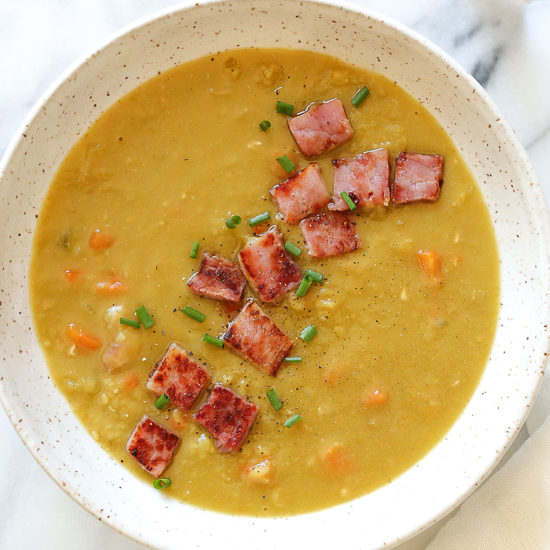 Pressure Cooker Split Pea Soup with Ham | Skinnytaste
