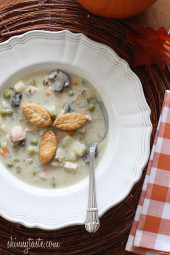 Leftover turkey is delicious in turkey pot pie, so I thought why not use it to make turkey pot pie soup?