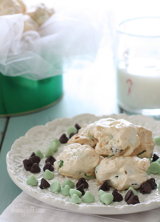 Easy light and airy cookies made with only 5 ingredients! If you like the combination of mint chocolate chip, then you'll love these little meringue clouds.