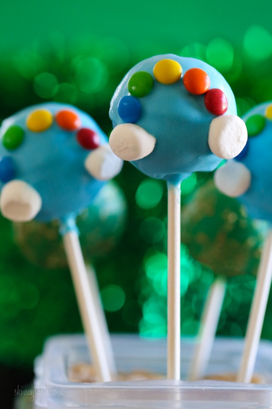 Everyone knows there's gold at the end of a rainbow, so why not celebrate St Patrick's Day with these easy cake pops, made skinny by using a cake pop pan, a box cake mix, fat free yogurt, egg whites and water!