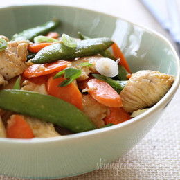 Spring-Stir-Fried-Chicken-wth-Sugar-Snap-Peas-and-Carrots