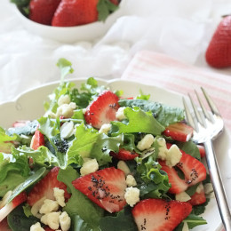 This delicious salad is perfect for this time of year or throughout the summer. Mixed organic baby greens such as baby kale and baby spinach (side bar, I am looooving Organic Girl's I heart baby kale mix), are tossed with sliced strawberries, slivered almonds and crumbled Gorgonzola cheese. The dressing is a simple vinaigrette with honey, poppy seeds and shallots. This makes a wonderful light lunch or a perfect side salad to serve it with grilled chicken.