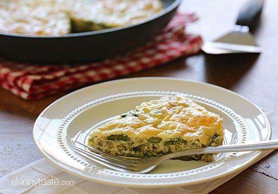 Spring asparagus, shallots and Swiss cheese is a delicious combination with eggs in this slimmed down frittata which is perfect for breakfast, lunch or dinner!