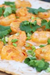 grilled-spicy-thai-shrimp-pizza