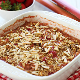 strawberry-rhubarb-baked-oatmeal
