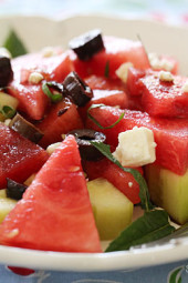 watermelon-cucumber-feta-salad