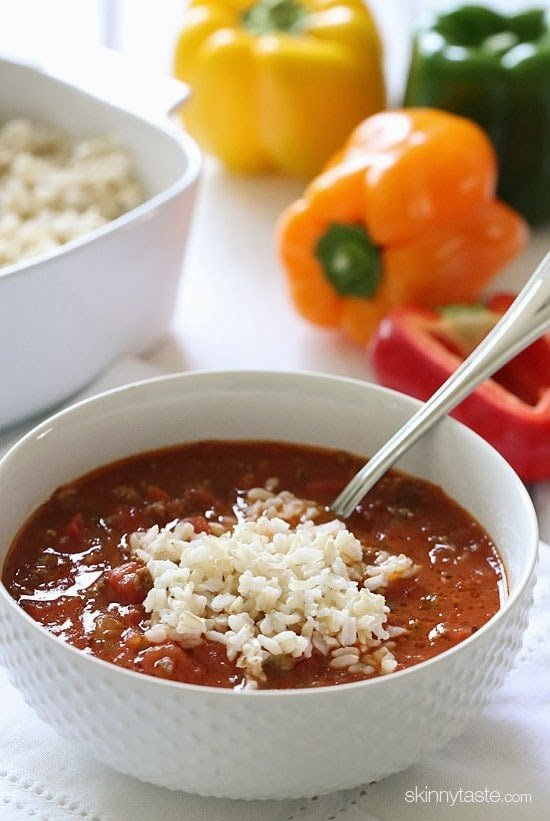 Bell peppers, chopped tomatoes and lean ground beef are simmered in broth with onions and garlic, then topped with brown rice – everything you love about stuffed peppers, in a soup!