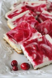 skinny-cranberry-swirl-cheesecake-with-gingersnap-crust