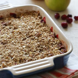 Warm-Pear-Cranberry-Crisp