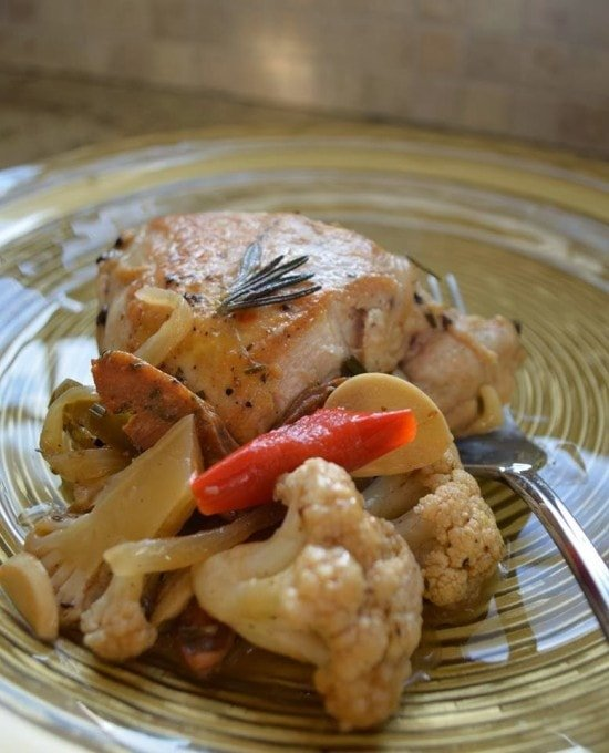 A lighter take on Chicken Scarpariello that's not just delicious, it also happens to be gluten-free, low-carb, whole30 compliant and paleo-friendly.