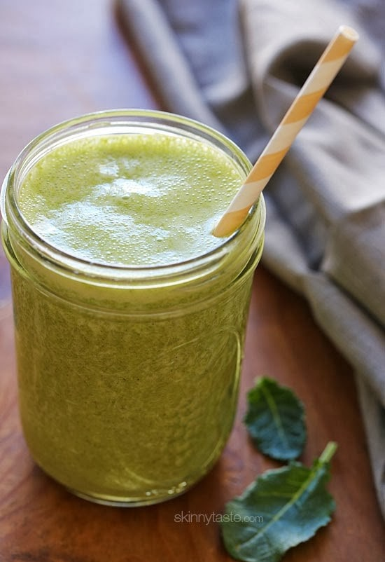 Baby kale, banana, chia seeds, and shelled hemp seeds – this superfood smoothie is packed with nutrients and it's quite delicious and satisfying. It's also vegan, dairy-free and gluten-free.