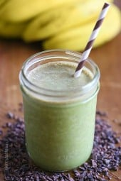 This protein-packed Superfood PB Banana and Cacao Green Smoothie is packed with loads of nutrients and vitamins like antioxidants, fiber and magnesium.