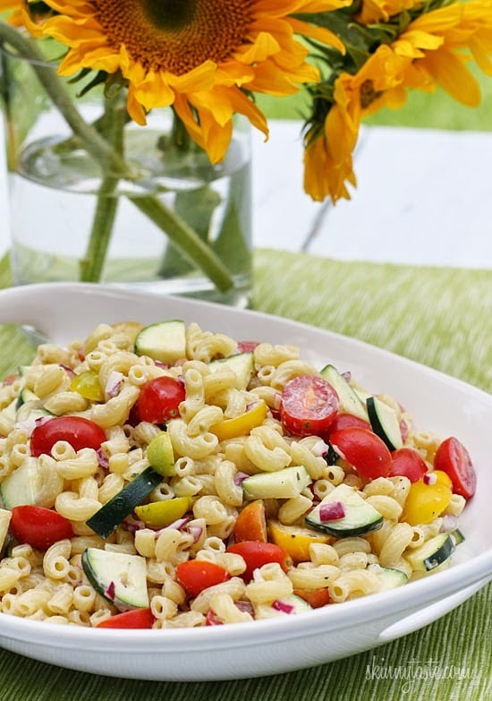 Summer Macaroni Salad with Tomatoes and Zucchini
