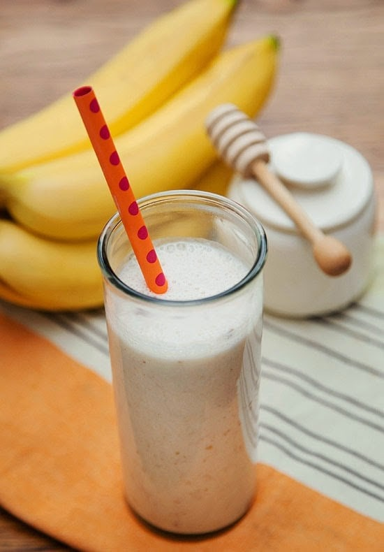 This simple Banana Date Smoothie is made with a combo of banana, dates, yogurt, honey, ice, and cinnamon, makes a refreshing and tasty concoction.